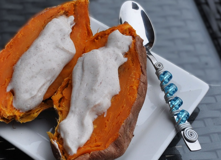 sweet potato with coconut banana butter: Baked Sweet Potatoes, Bananas Coconut, Coconut Butter, Baking Sweet Potatoes, Coconut Bananas, Bananas Butter, Fudge Frostings, Healthy Frosting, Vanilla Frosting