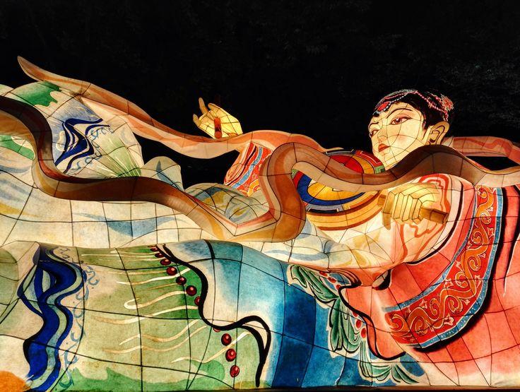 Ed ecco a voi il famoso Festival delle Lanterne del Loto ! Perché a Seoul la nascita del Buddha si festeggia all'ingrande!