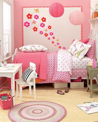 Crafty Little Chickn   Not Really A Craft Room But I Love The Pink And  Especially The Eiffel Towel Accents! Part 62