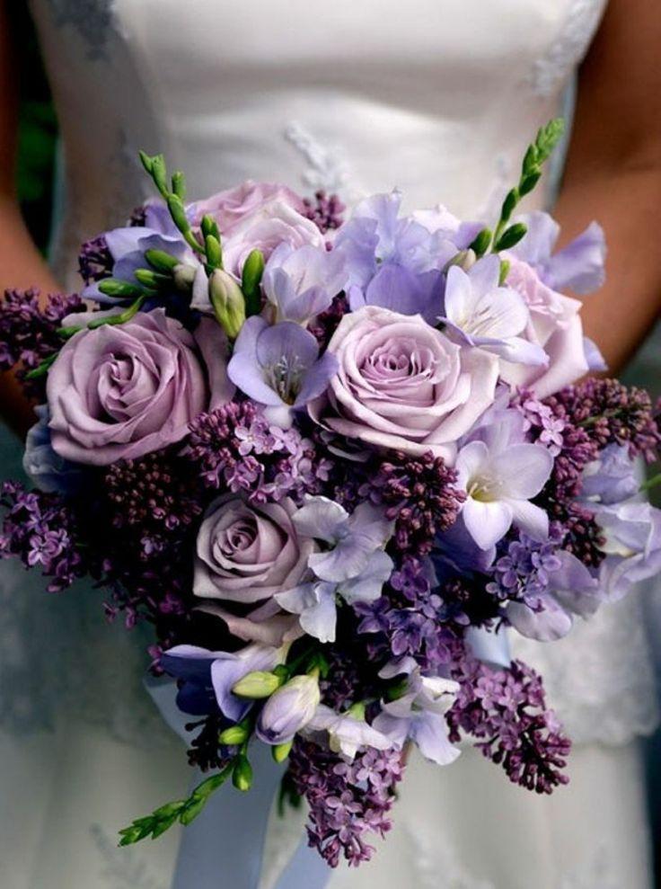 Blumengestecke für Hochzeit Rosen