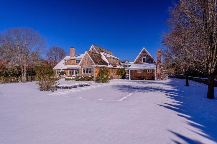 Joy Behar Asking $3.8M for Her East Hampton Property - Curbed Hamptons