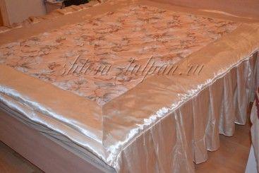 Покрывало на кровать кремовое с крупными цветами PKR_N_2