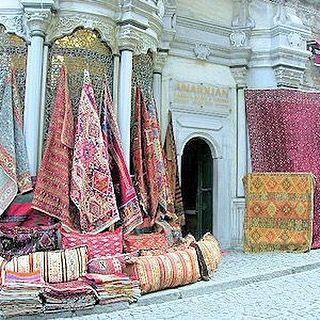On instagram by pomponbazar  #homedesign #metsuke (o)  Travel textiles diary Turkey#minibazar#today#tomorrow #paris10#pomponbazar@yahoo.fr#paris#ruebouchardon #grandbazar#istanbul#travel#selection#rug#kilim#carpet#textiles #textilesaddict  #homedecor #decoration #instastyle #design #architecture #interior #homestyle #boho #bohostyle #style #stylish
