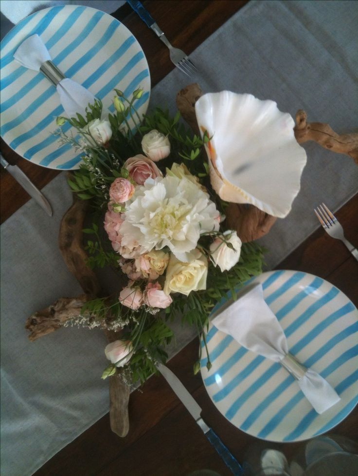 Summer tablescape Villa F