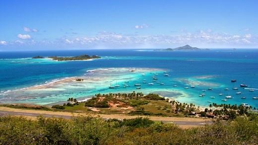 Utsikt fra fantastiske Union Island, St. Vincent & Grenadinene