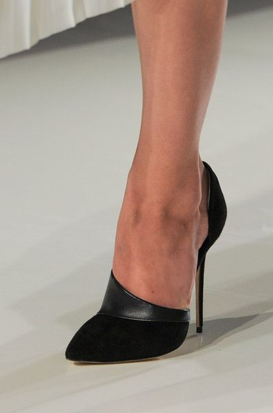 I don't wear heels, but these are to die for!