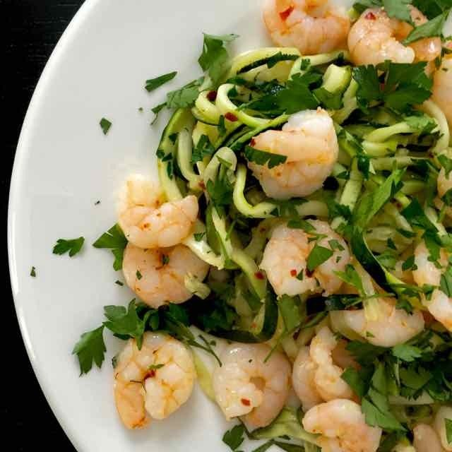 SKINNY & HEALTHY: Courgette pasta met garnalen