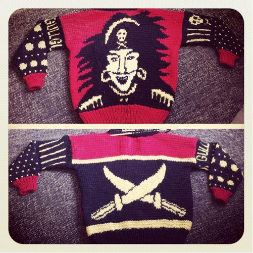 sabeltann genser | Kaptein Sabeltann genser (trinemb)