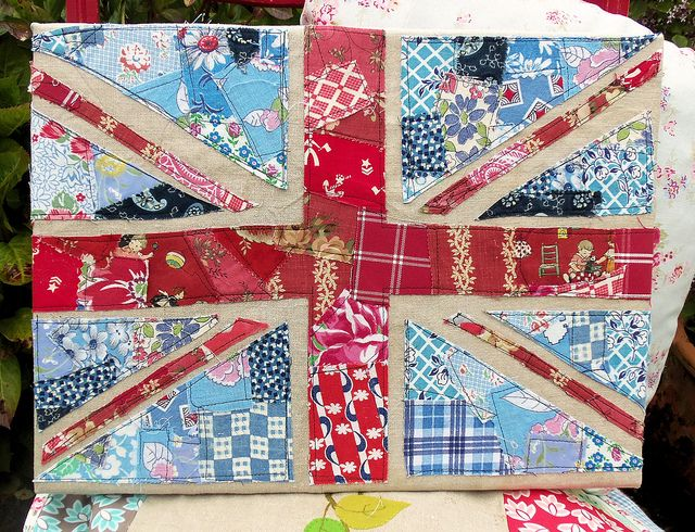 Scrappy Union Jack by Bustle & Sew, via Flickr: Free Pattern, Flags, Jack O'Connell, Scrappy Union, Sconces, Fabric, Craft Ideas, Union Jack