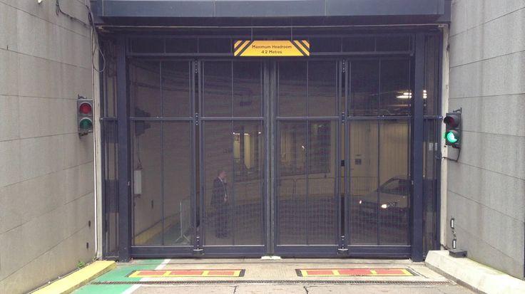 Video in Bifold gate - Google Photos