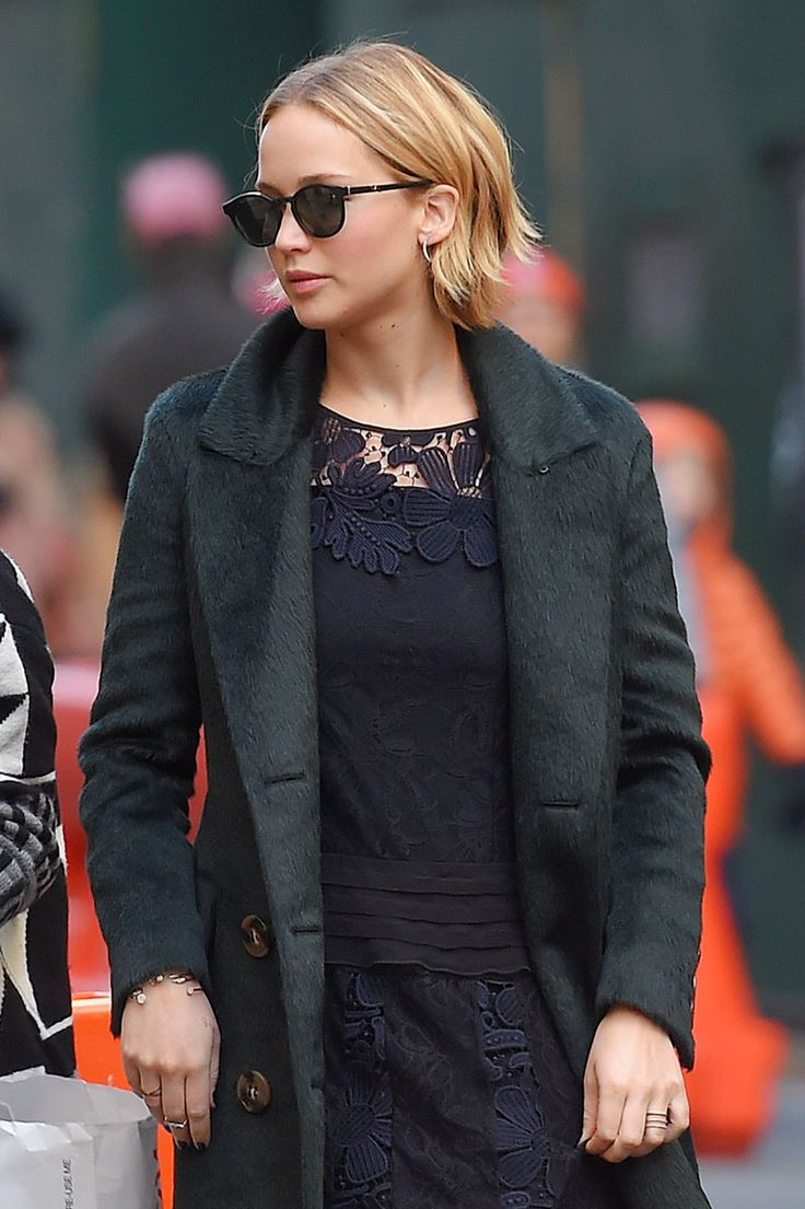For Jennifer Lawrence, what started out as a masterfully grown-out pixie has become a surprisingly versatile asset of a textured bob.