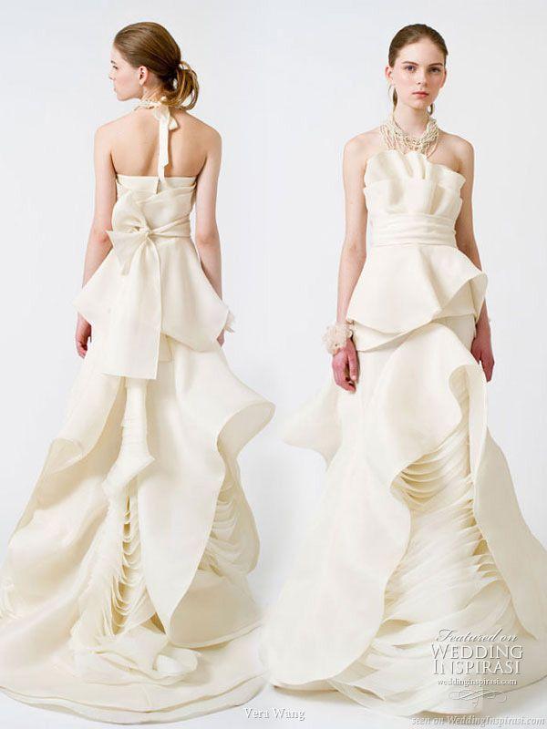 Vera Spring 2017 Wedding Gowns
