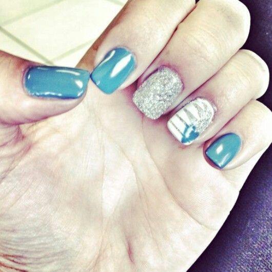 #blue#glitter#stripes#heart#gel#gelish #nailtechnician#barrettkirsten #gelish #gelit