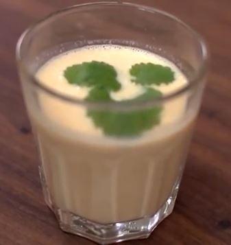 5:2 Kuren - Morgenmad: Gul smoothie (191 kalorier)