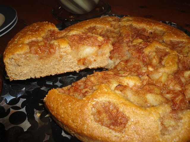 Vegans Eat Yummy Food Too!!!: Apple Sponge Cake. Almost fat free!
