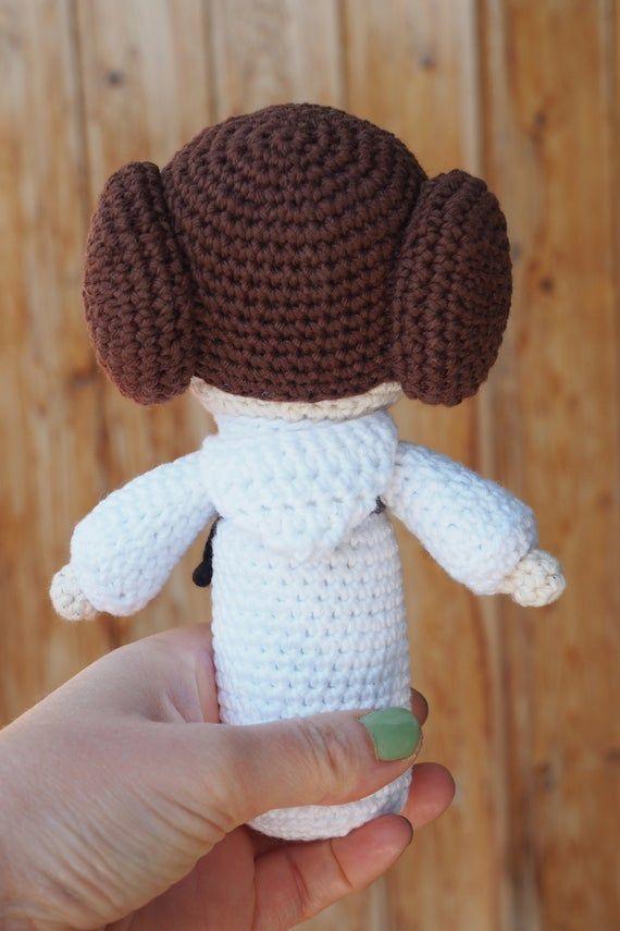PDF Crochet Princess Leia Amigurumi Pattern Star Wars tribute ...   855x570