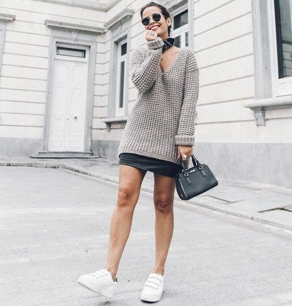 Apesar de serem super tendência nessa temporada, os tênis nunca vão sair de moda. São confortáveis e compõem looks fashion com qualquer tipo de roupa.