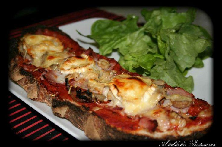 ** Tartine de Chèvre à la Compotée de Tomates et Oignons ~ A table les poupinous ** https://www.facebook.com/ATableLesPoupinous