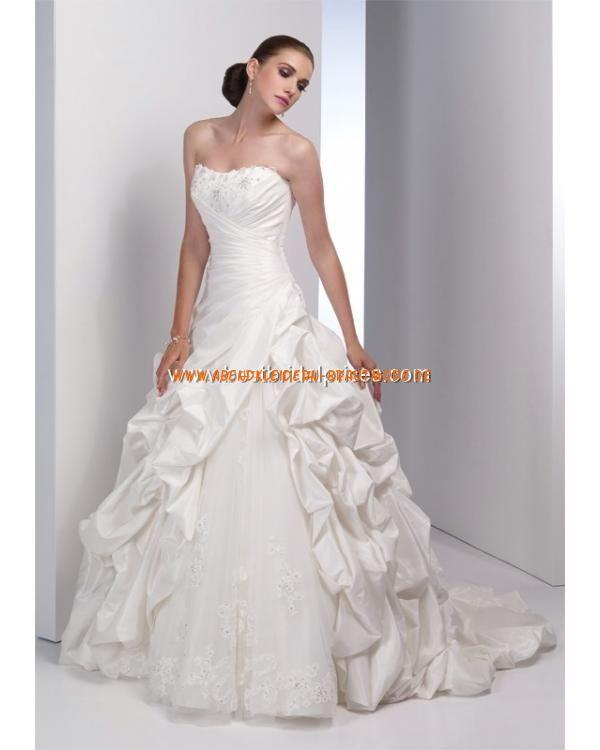 241 best Brautkleider hamburg images on Pinterest | Wedding frocks ...
