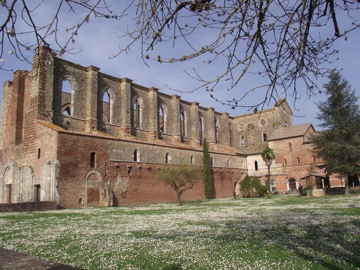 Abbazia Di San Galgano in Chiusdino, Toscana