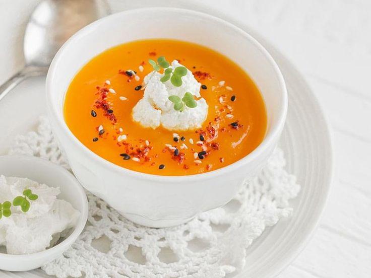 Potage aux carottes parfumé au cari