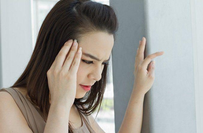El vértigo no se refiere al miedo a las alturas. El vértigo es una condición súbita que causa, mareos y náuseas intensos. En un momento puedes sentirte
