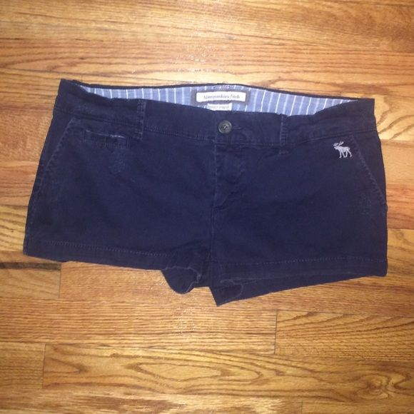 A&F Navy Trouser Shorts Only worn a couple times, no stains or tears. Navy Abercrombie and Fitch trouser shorts. Abercrombie & Fitch Shorts Bermudas