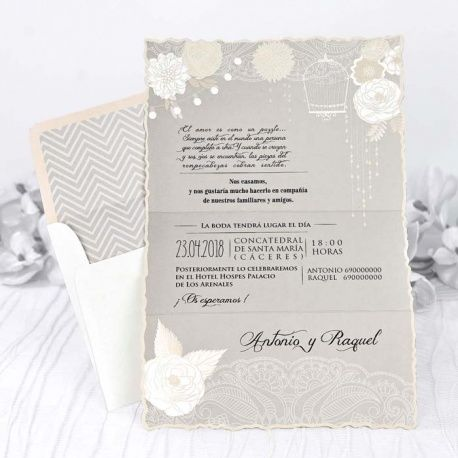 Invitación de boda con flores y letras originales