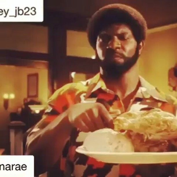 @Regrann from @lesterpspeight -  Happy Thanksgiving...here's a throwback classic  #humor to help get y'all through the afternoon! Norbit w/@eddiemurphymusic @lesterpspeight @terrycrews @itscliftonpowell  #funny #comedy #happythanksgivng #turkey #movies #dinner #family #holidays #norbit #video #hilarious #lesterspeight#MMV #BIGLIFE - #regrann