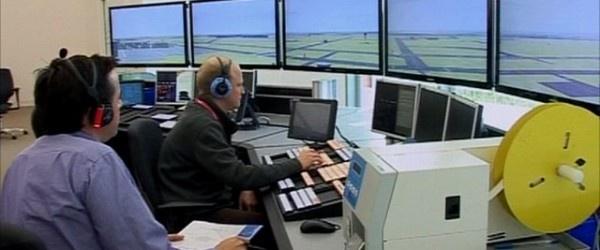 Il ritardo causato da un controllo del traffico aereo  da parte di NATS  (National Air Trafic Service )ha registrato  la media più bassa da quando si é incominciato a tenere dei registri  a metà degli anni '90.