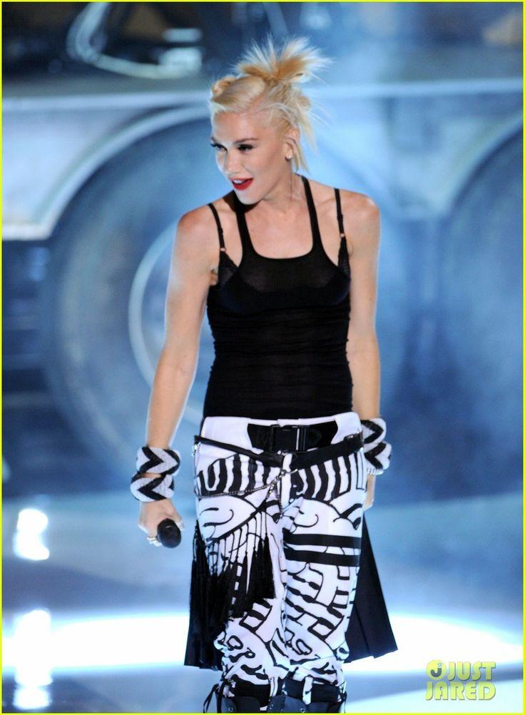 Gwen Stefani & No Doubt at Teen Choice Awards 2012