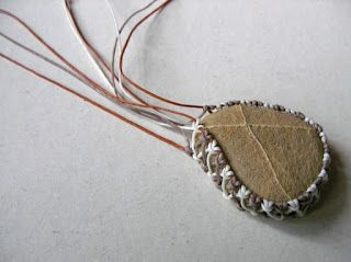 STEP 6 Ecocrafta: Macrame wrapping : Lace style