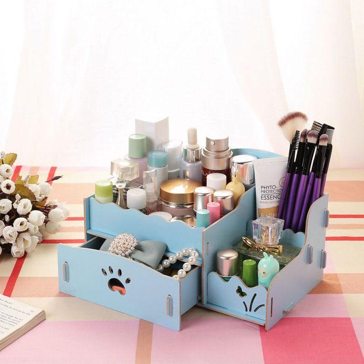 Nu ai suficiente cutii pentru cosmetice