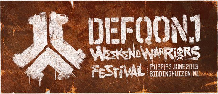 Mega! Yep, zo kun je wel het Defqon.1 Festival van 2013 noemen. Als je aanwezig was kun je het bevestigen en was je er niet, ook! Want je vrienden hebben je natuurlijk wel verteld hoe gaaf het was. Nou voor jullie allebei heeft Q-Dance een (heel) groot gedeelte van alle livesets online gezet om nogmaals te genieten van de editie van dit jaar.