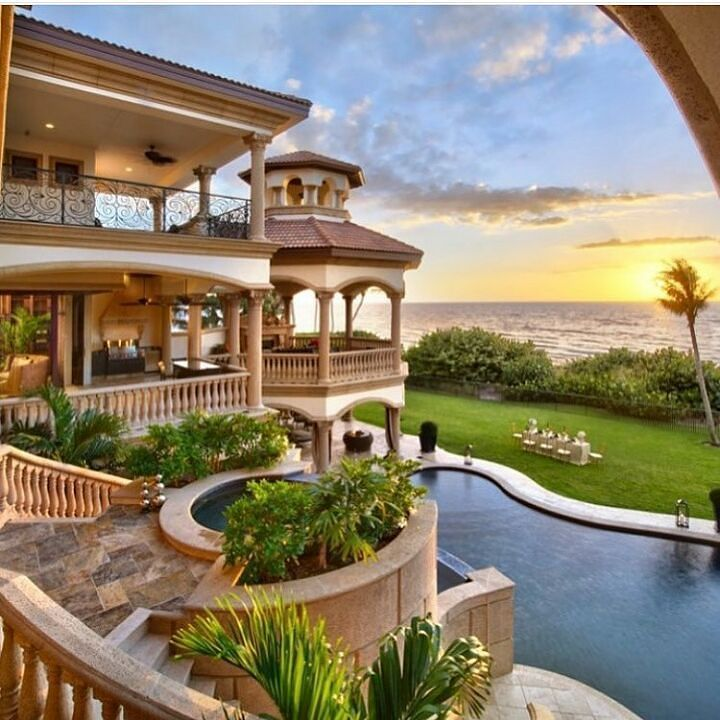 Reges Oceanfront Resort Home: 25+ Best Ideas About Beach Mansion On Pinterest
