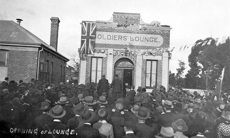 Opening the 'Soldiers' Lounge' in Clarence Street Nhill, 1921