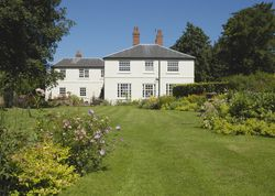 Marston House | United kingdom Warwickshire England. Feel welcomed with tea on arrival, delicious breakfasts, lots of info on the area at this supremely comfortable place with a big heart