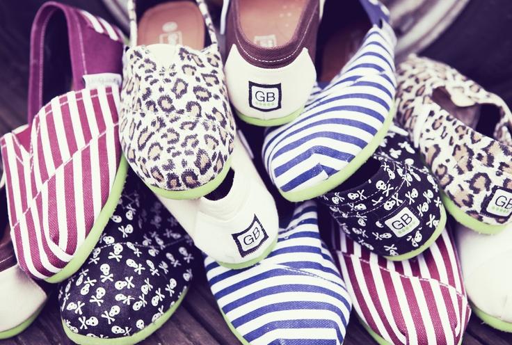 Zapatillas cool de esparto: vanguardia y tradición a tus pies. Presentamos las colecciones de Nosoloalpargatas y GreenBean en las que se ha reinventado un clásico del calzado. Las tradicionales espardeñas catalanas se renuevan con una imagen fresca y original. Aúna exclusividad, comodidad y diseño en unas zapatillas hechas 100% a mano. http://www.neodalia.com/es/ventas/zapatillas-cool-de-esparto