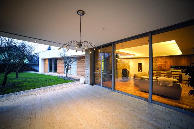 Home Tour - Rodinný dům na severní Moravě propojený s přírodou i historií #homebydleni #home #tour #design #architecture