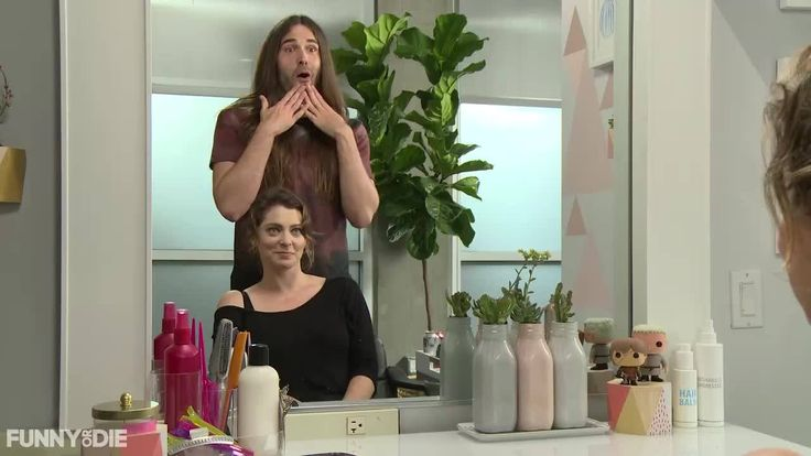 Bide your time waiting for tonight's new Game of Thrones with some fierce highlights from last week's episode courtesy of Rachel Bloom and Jonathan Van Ness.
