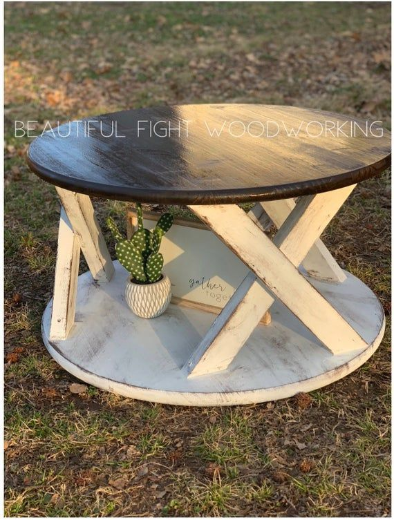 Farmhouse Round Coffee Table With Images Coffee Table