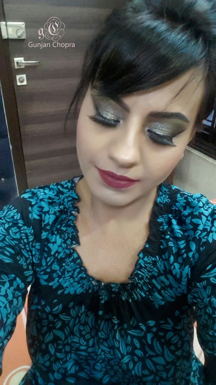 Green eyes# makeup revolution  Foundation # clinique # lips# Sephora
