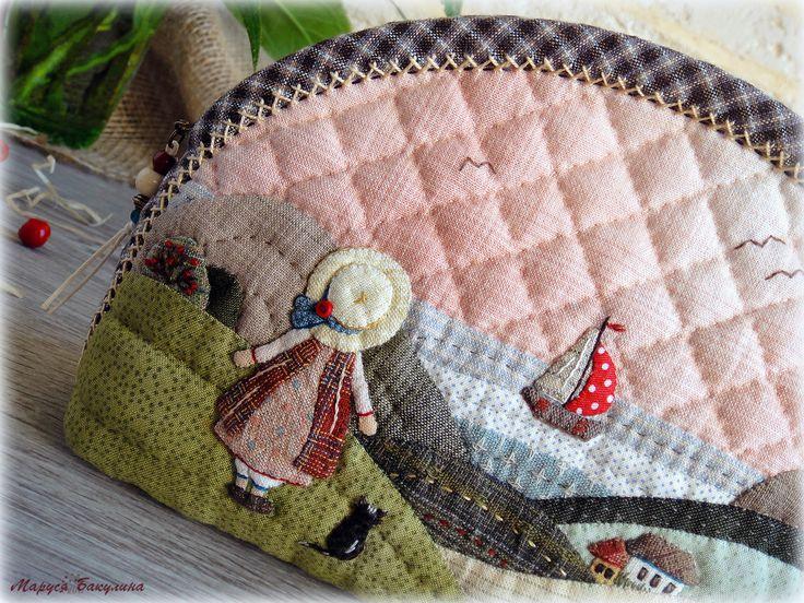 косметичка, японский пэчворк, пэчворк, стежка, ручная стежка, море, прощай лето, лето, цветы, цветочек, цветок, вышивка, французские узелки, шов козлик, рукоделие, творчество, ручная работа, аппликация, japanese patchwork, квилтинг, йоко сайто, акеми сибата, yoko saito, akemi shibata, японские ткани, косметичка своими руками