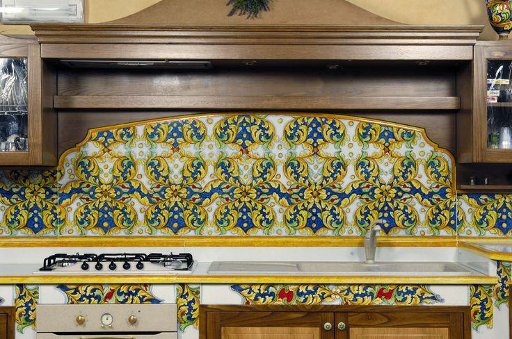 Oltre 25 fantastiche idee su piani di lavoro cucina su for Piani di bungalow classici