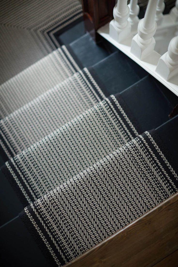 Best Inspiration In 2020 Black Carpet Staircase Carpet 400 x 300