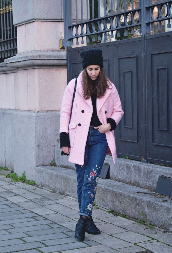 Look by @noaotero_1 with #primark #casual #fur #hat #coats #jeans #denim #blackboots #winter #pink #beanie #fashion #outfit #beanies #ootd #style #blogger #dresslily #inspiration #floralpants #embroidered #pinkcoats #darkbluepants #gamiss #blacktsweaters.