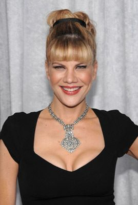 """Kristen Johnston, Actress: 3rd Rock from the Sun. She studied acting at the Atlantic Theater Company Acting School in New York City. The School, located in Chelsea, was founded by David Mamet and William H. Macy, and teaches the technique """"Practical Aesthetics"""", which Ms. Johnson uses. She is currently a member of the company at the Atlantic, and sometimes performs in shows during their season."""