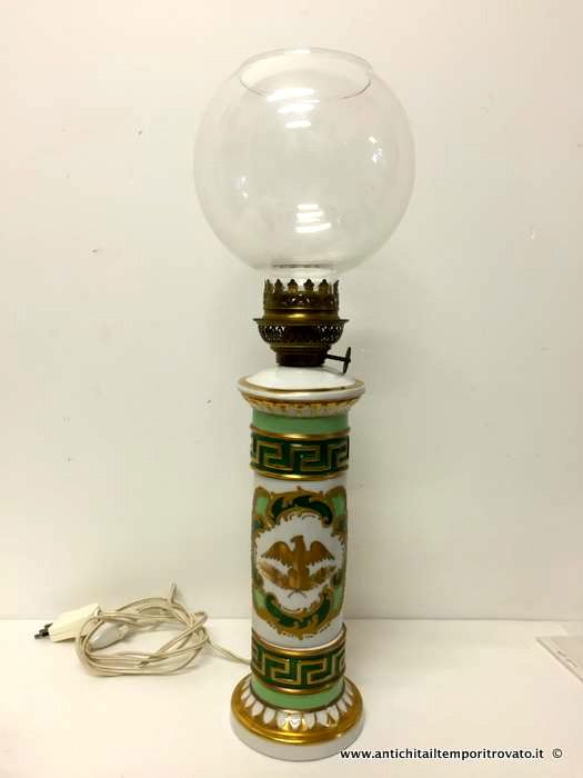 Oggettistica d`epoca - Lampadari e lampade Lampada in limoges decorata a mano - Lampada verde e oro con aquila Immagine n°1