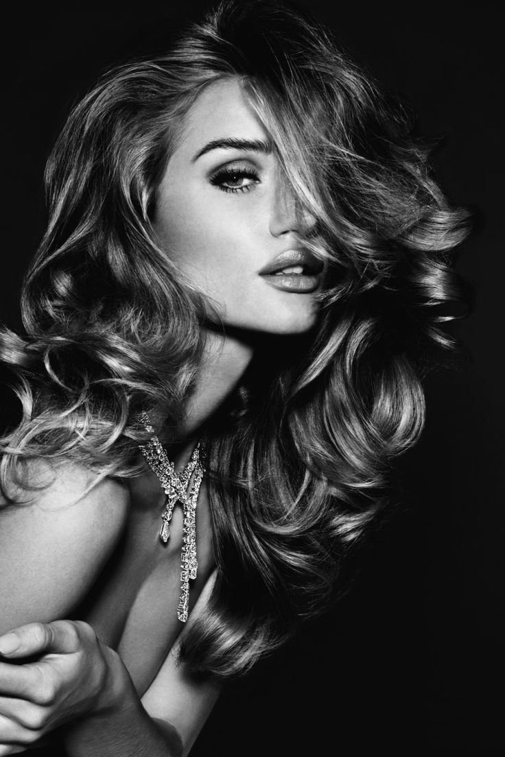 Beautiful Rosie Huntington-Whiteley Photography By Alexi Lubomirski for Vogue Germany November 2011 Jewellery