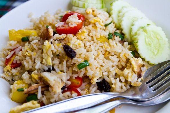 Thaise vegetarische 'pad-Thai' met ei, komkommer, limoen, cashew en tomaat (in de tas voor 4 dagen)